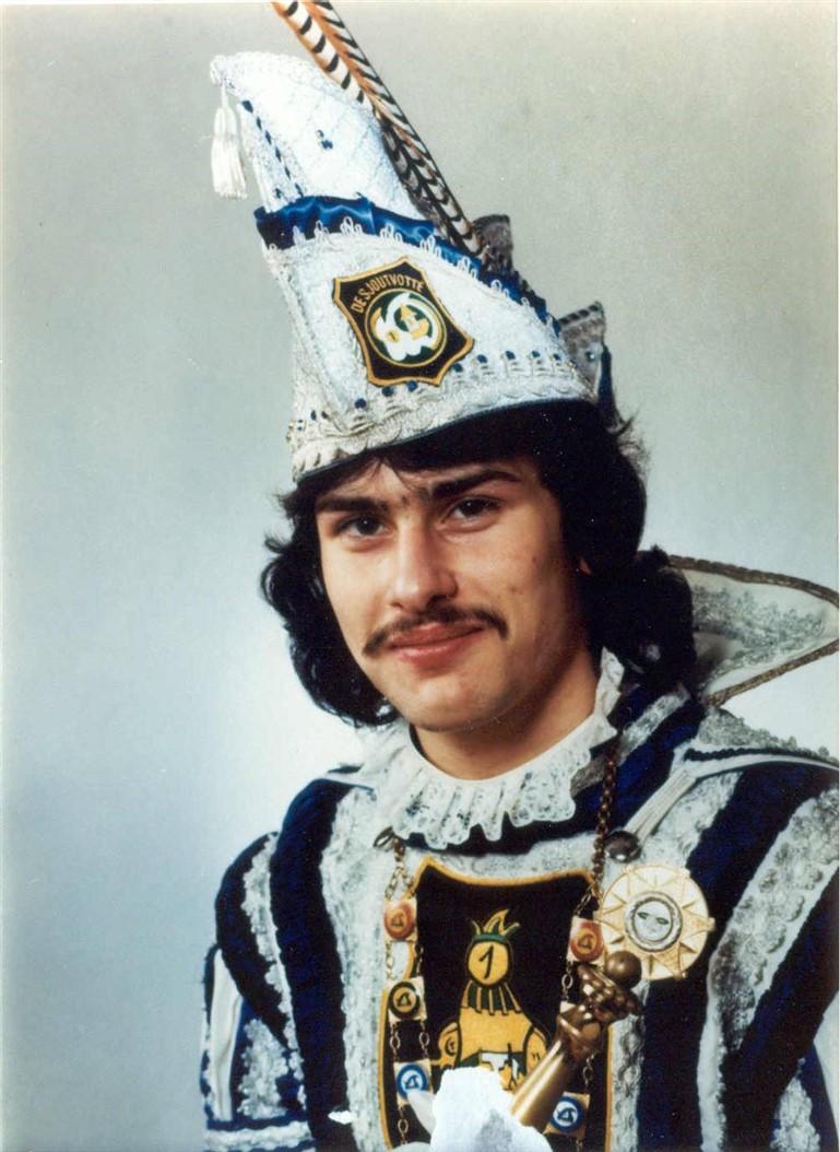 1976 - Guus I